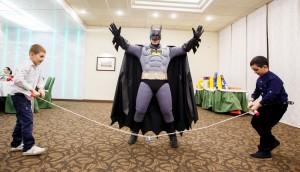 Бэтмен на детском празднике